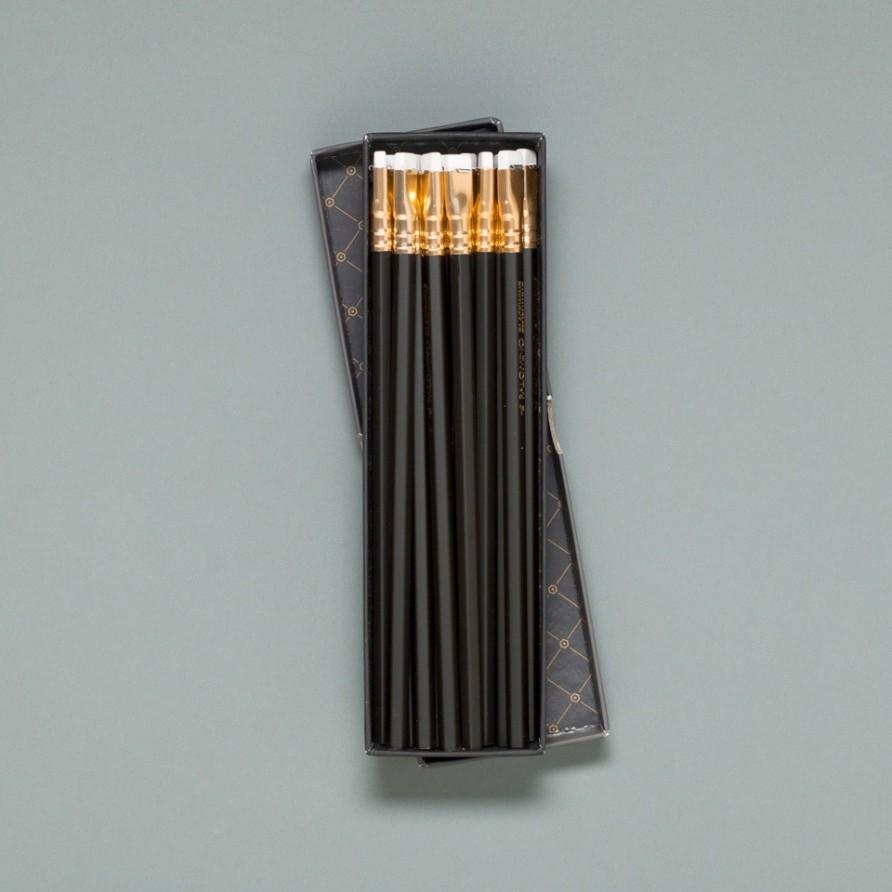 schwarzer Blackwing Bleistift von Palomino in der Verpackung