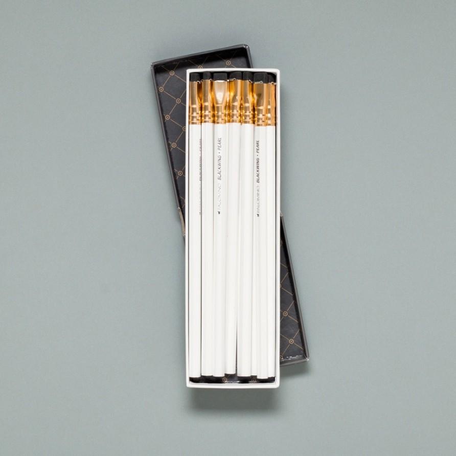 weißer Blackwing Bleistift von Palomino in der Verpackung