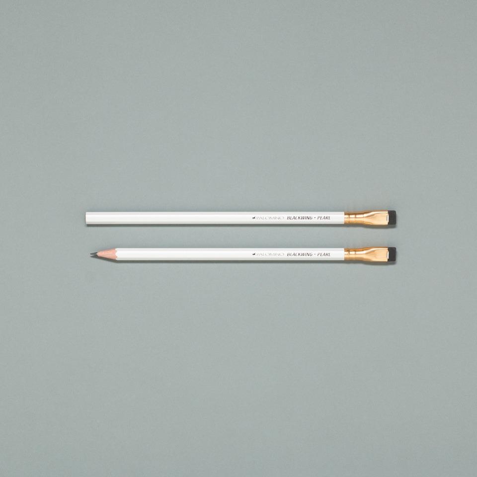 weißer Blackwing Bleistift von Palomino einzeln
