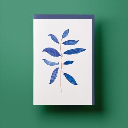 Grusskarte »Nachtblume« mit dunkelblauem Umschlag von Cäcilia Holtgreve