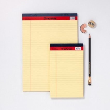 gelber Notizblock / Legal Pad