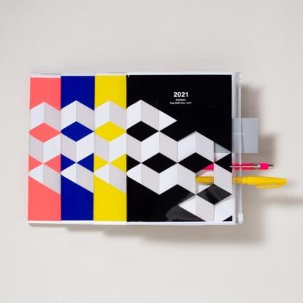 A5 Kalender mit Umschlagtasche geometrisch