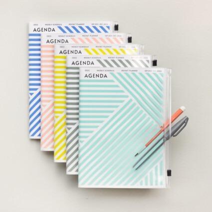 A5 Kalender 2021/22 mit Umschlagtasche geometrisch
